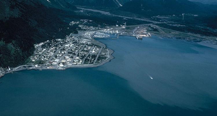 1024px-Seward_Alaska_aerial_view